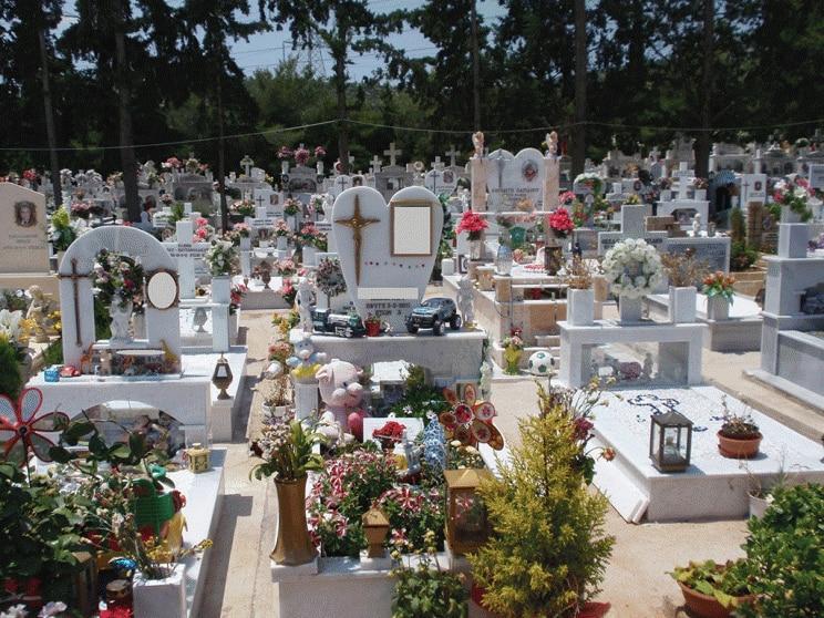 Ρόδος: Έρευνα για την κηδεία 73χρονου που βρέθηκε… ζωντανός σε ίδρυμα - Τι λένε τα παιδιά του