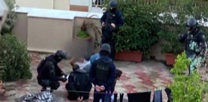 Οι ΟΠΚΕ έχουν συλλάβει τους γιους Ινδαρέ στην ταράτσα του σπιτιού τους