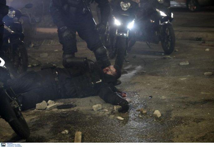τραυματίας αστυνομικός στη Νέα Σμύρνη